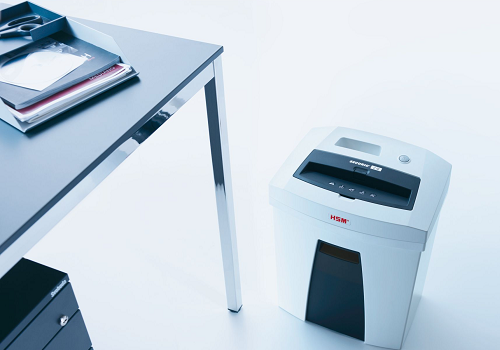 c16 pAPER SHREDDER